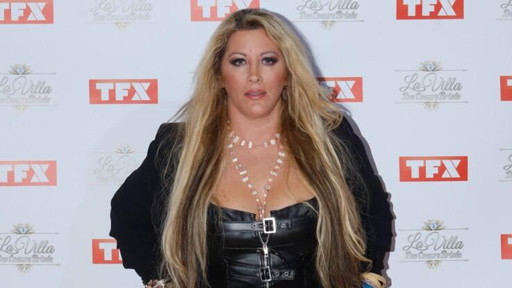 Loana n'a pas pu monter les marches à Cannes : elle s'explique et partage une photo de la robe qu'elle devait porter