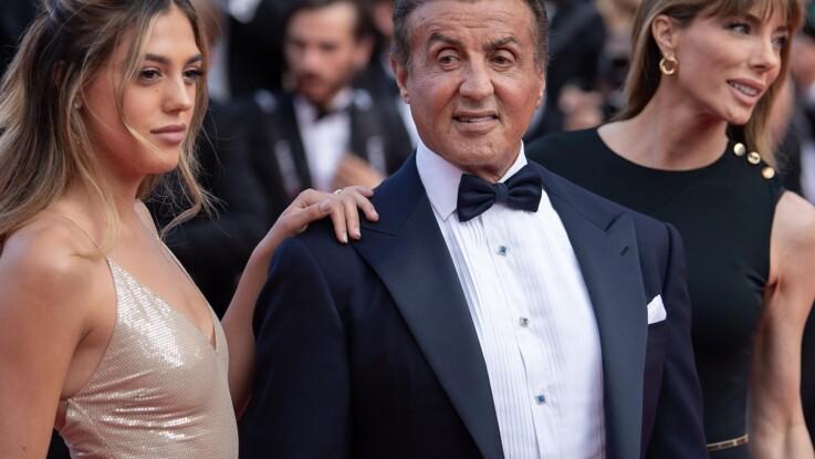 Sylvester Stallone sur le tapis rouge du festival de Cannes en compagnie de sa femme et de sa fille