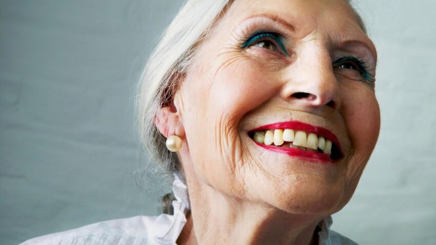 Les 7 secrets d'un maquillage réussi après 50 ans