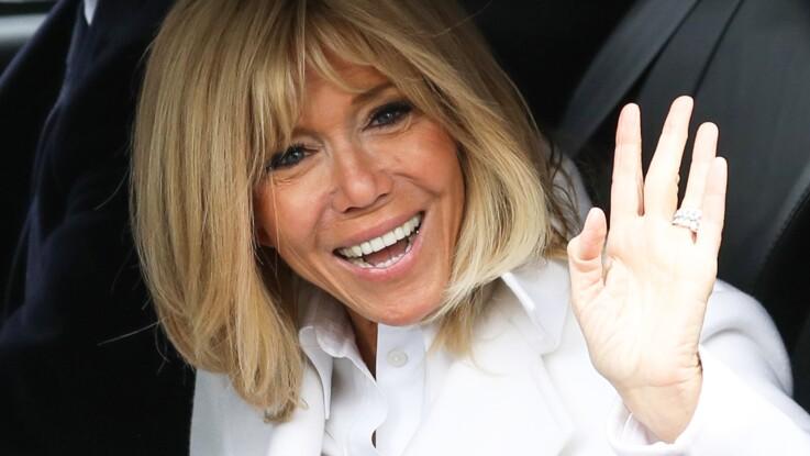 Photos - Brigitte Macron, ultra-chic pour aller voter au Touquet (un look classe et tout en sobriété)