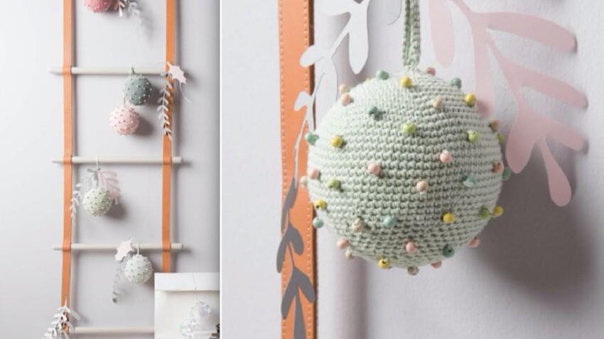 Tuto crochet Noël : une boule perlée