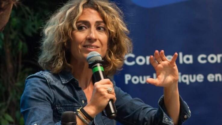 En larmes, Isabelle Saporta, compagne de l'homme politique Yannick Jadot, annonce démissionner de son poste à RTL