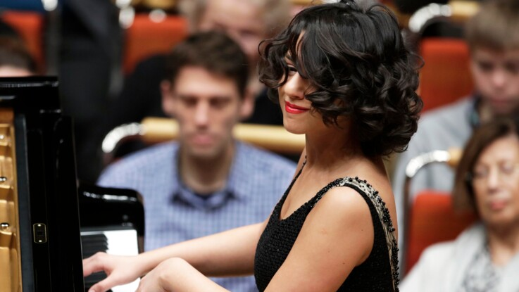 """Khatia Buniatishvili : 5 choses à savoir sur la """"Beyoncé du piano"""""""