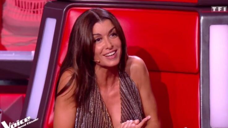 The Voice : Jenifer sublime en robe décolletée Saint-Laurent