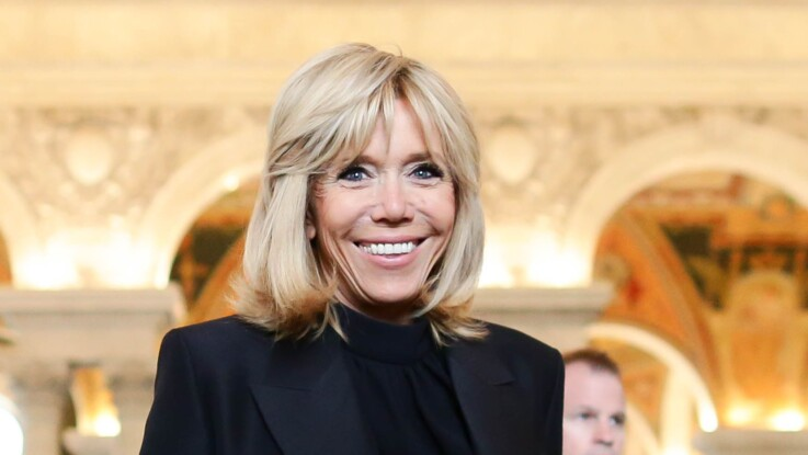 Brigitte Macron huée au stade de Reims : cette incroyable lettre d'excuse qu'elle a reçue