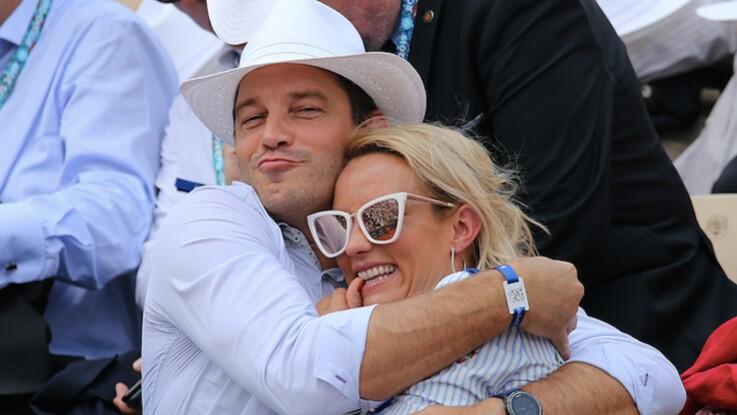 Photos -Elodie Gossuin et son mari Bertrand Lacherie très amoureux : séance bisous dans les tribunes du Roland Garros !