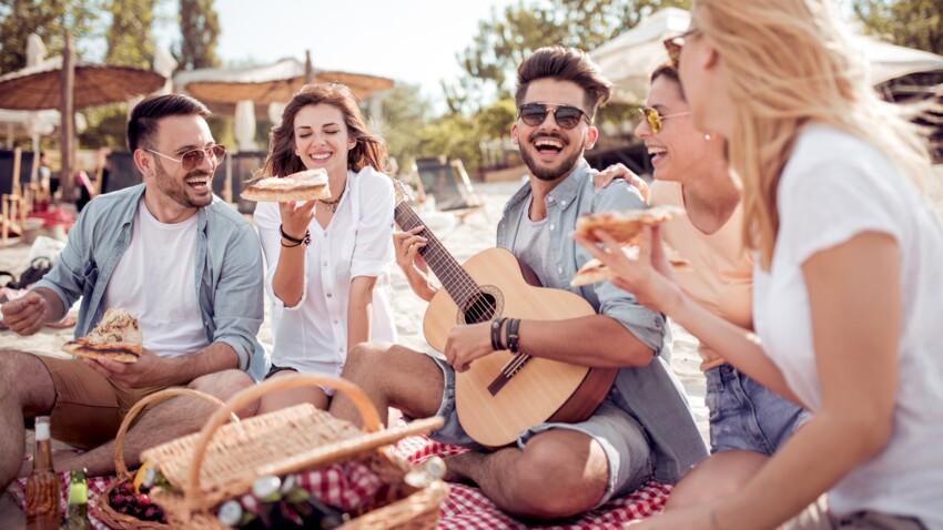 Voici pourquoi vous devriez vivement partir en vacances avec vos ami(e)s cet été !