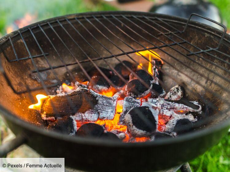 7 astuces efficaces pour nettoyer la grille du barbecue : Femme Actuelle Le  MAG