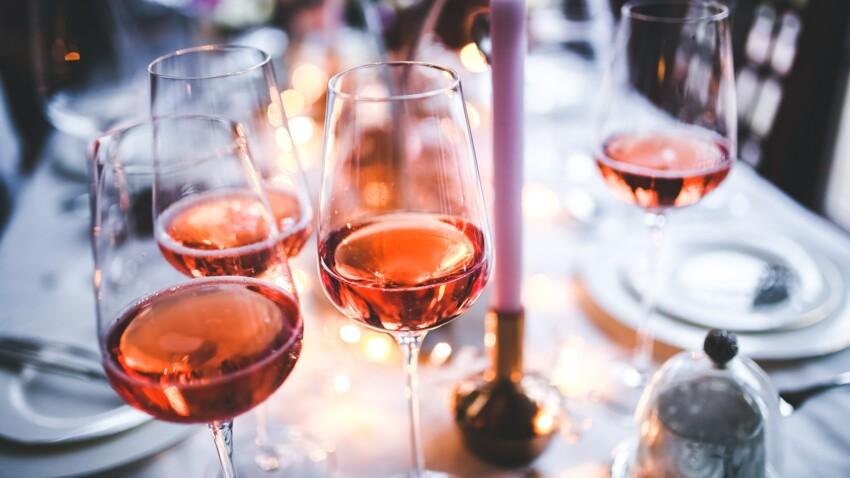 Job de rêve : devenez testeur de rosé... Pour 9 000€