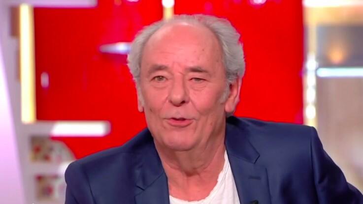 """Maxime Le Forestier raconte sa première télé au côté d'un Johnny Hallyday """"suicidaire"""""""