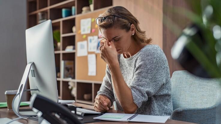 Fatigue visuelle : 8 astuces pour soulager ses yeux au bureau