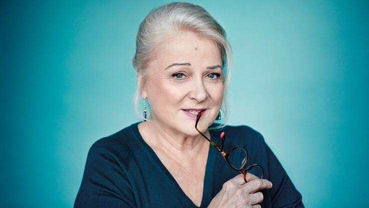 "Josiane Balasko : ""J'essaye de me faire rire moi-même"""