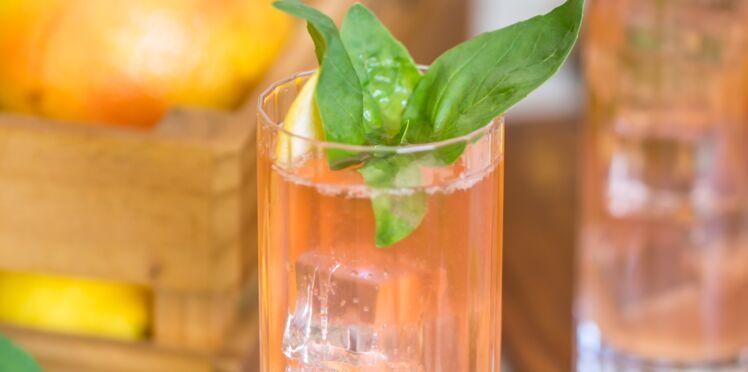 Cocktail Lychee Spritzer
