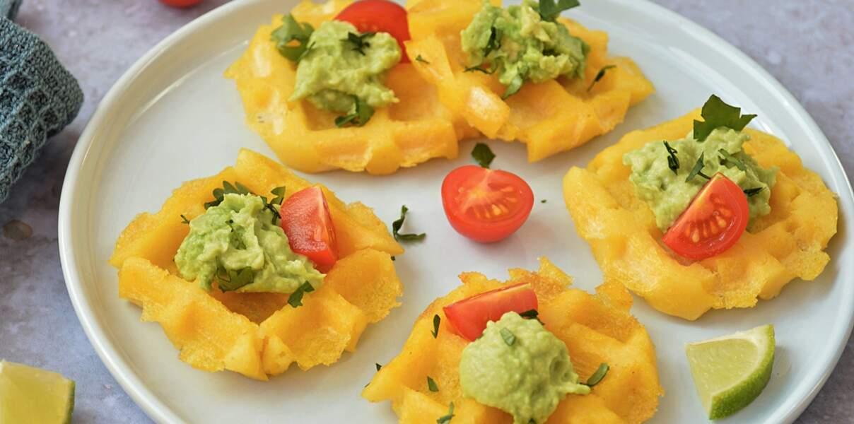 Gaufres de polenta au guacamole