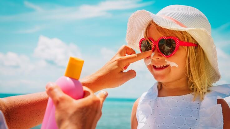 Crèmes solaires pour enfant : les meilleurs produits ne sont pas ceux que vous imaginez
