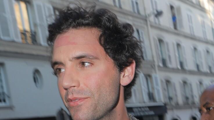 """Mika encore très choqué par le documentaire sur Michael Jackson, ses confidences dans """"Quotidien"""""""