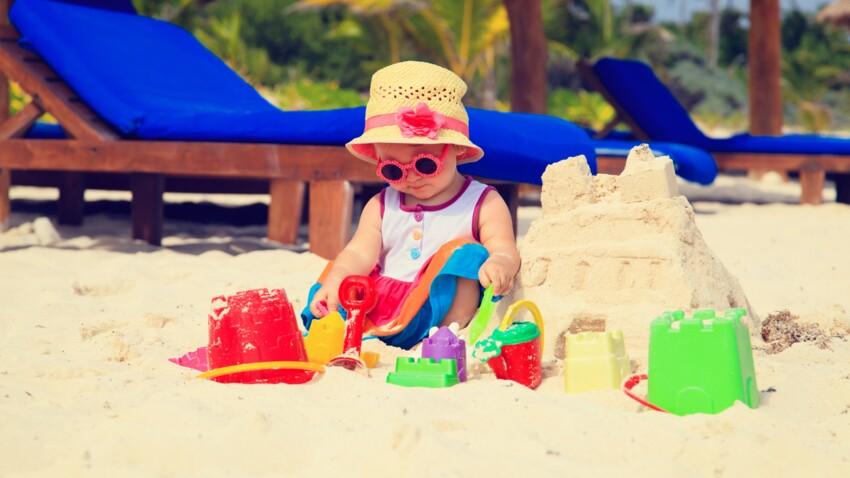 Horoscope de l'été : comment occuper son enfant à la plage selon son signe astrologique