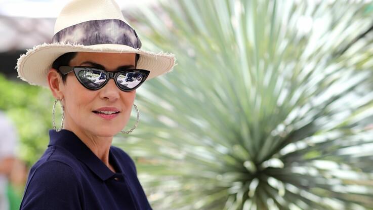 Photo - Cristina Cordula s'affiche en maillot de bain et lunettes de pin'up (et elle est canon !)