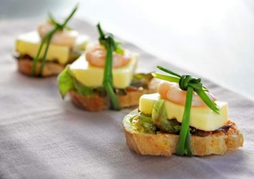 Canapés raclette de Savoie et crevettes