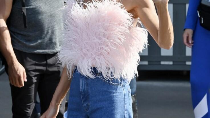 Céline Dion : son look sexy et coloré pour affronter la chaleur parisienne