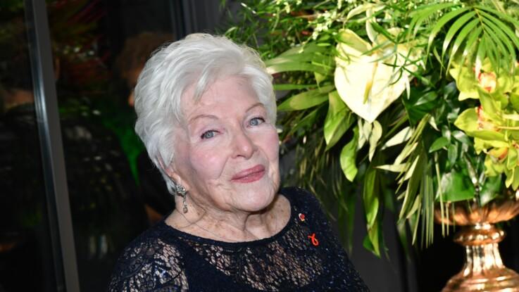 """Line Renaud fête ses 91 ans en pleine forme : """"La cheville brisée ne sera bientôt plus qu'un mauvais souvenir !"""""""