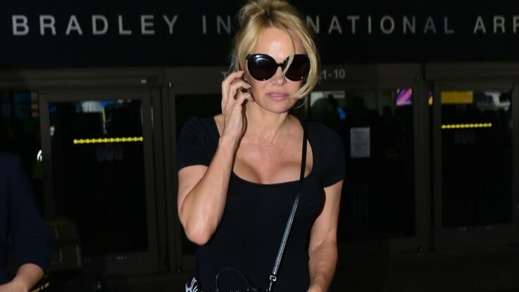 En guerre contre Adil Rami, Pamela Anderson publie des photos de blessures qu'il lui aurait fait subir