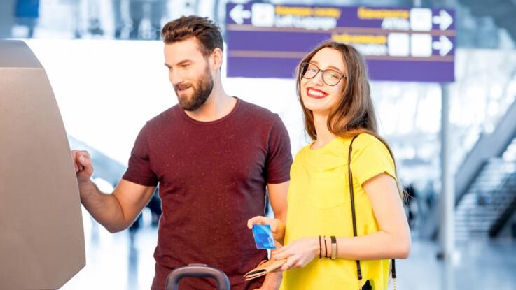 Nos conseils pour éviter les frais bancaires en vacances à l'étranger