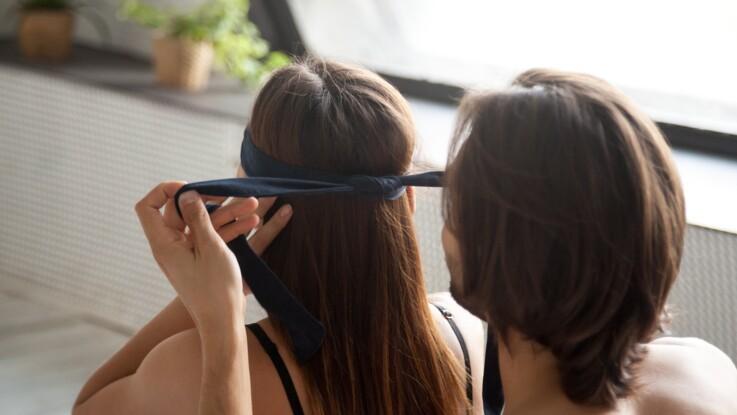 Kamasutra : 20 positions à tester les yeux bandés