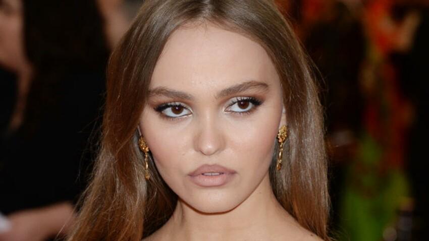 """Lily-Rose Depp : ses aisselles, """"velues"""" sur ce cliché selon certains, font débat"""