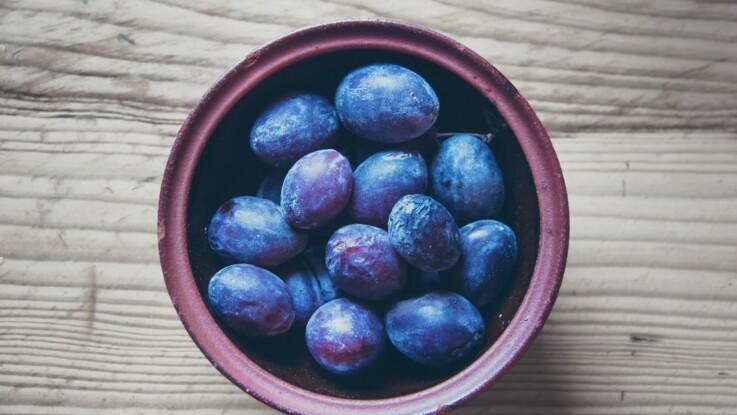 Crumble, clafoutis, tarte… Nos idées de recettes à faire avec des prunes