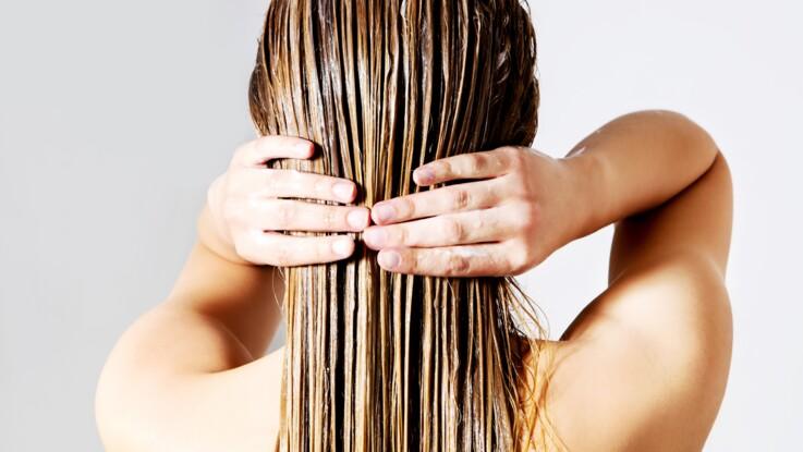 6 erreurs à éviter sur cheveux mouillés