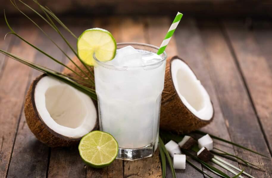 L'eau de coco pour se reminéraliser