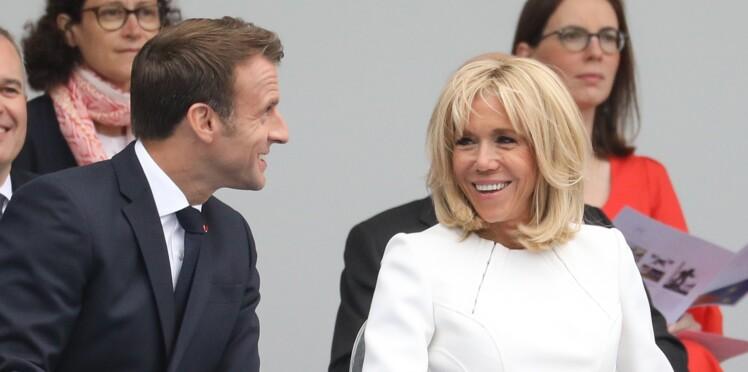 Brigitte et Emmanuel Macron : ce petit câlin romantique passé inaperçu lors du défilé du 14 juillet