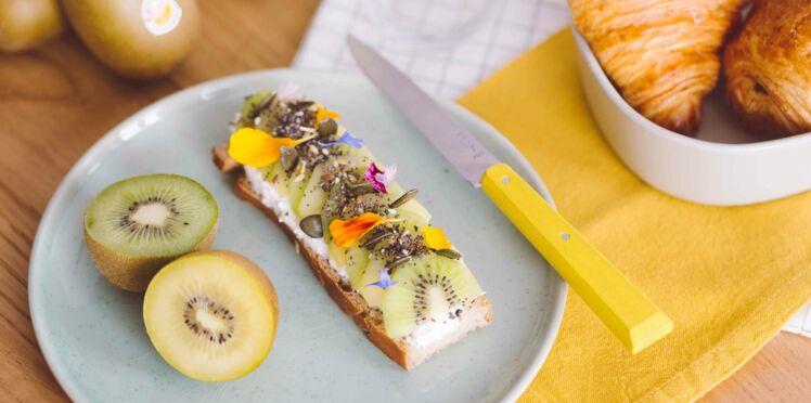 Kiwi SunGold Toast