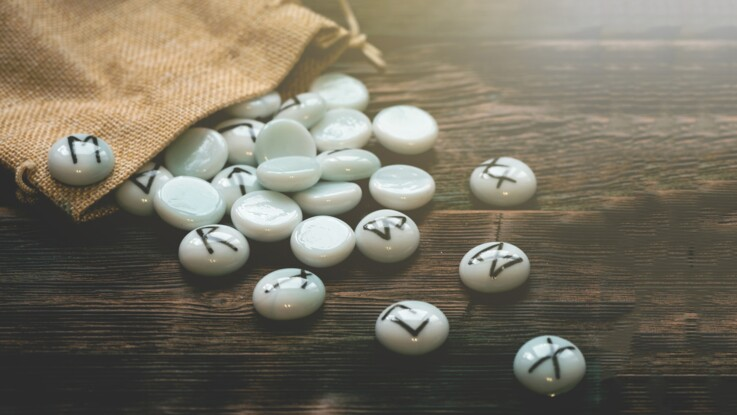 Amour : tirage de rune gratuits par Marc Angel