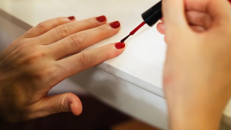 L'astuce pour bien appliquer son vernis en fonction de la forme de ses ongles
