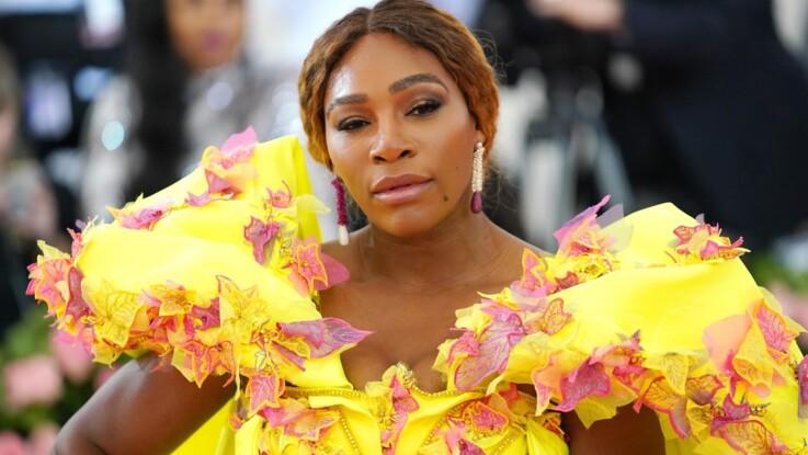 Serena Williams change radicalement de tête et délaisse ses cheveux bruns