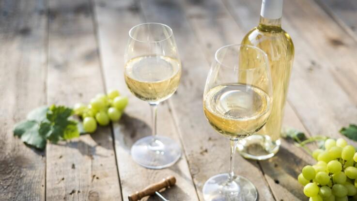 Faut-il conserver le vin blanc ou rosé au frigo ?
