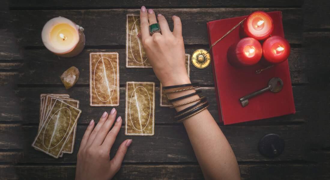 Tarot gratuit des fées : 4 tirages à faire soi-même et leur interprétation