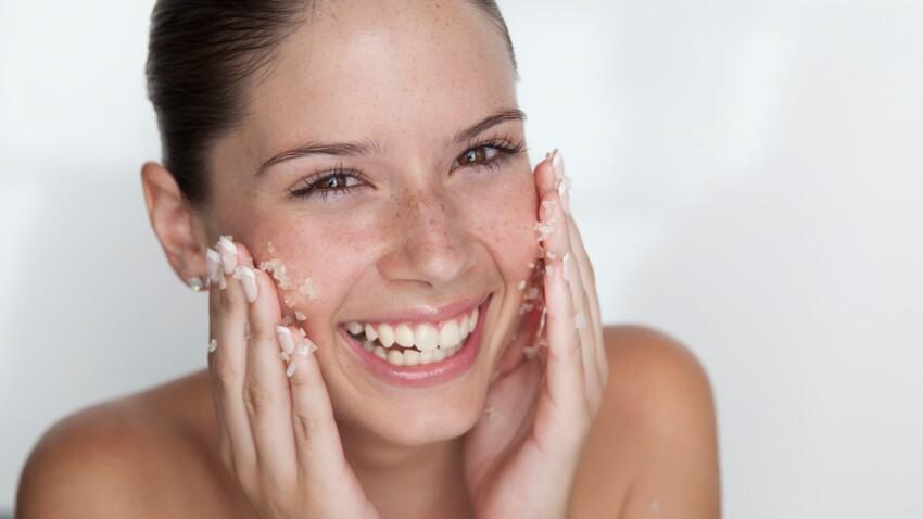 Tuto beauté : la gelée exfoliante pour le visage en 5 minutes chrono