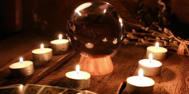 Voyance gratuite : testez vos dons de divination entre amis