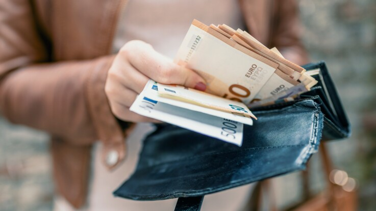 Un anonyme distribue 270.000 euros en liquide à des inconnus… et disparaît !