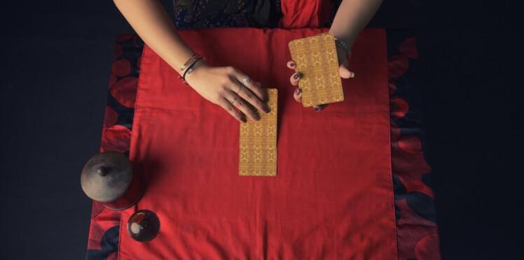 Tarot gratuit des Mages : 3 tirages à faire soi-même et leur interprétation