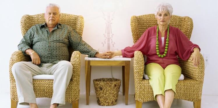 Mes parents refusent la maison de retraite, j'insiste ?