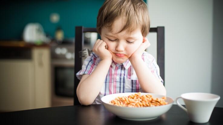 Faut-il forcer son enfant à terminer son assiette ?