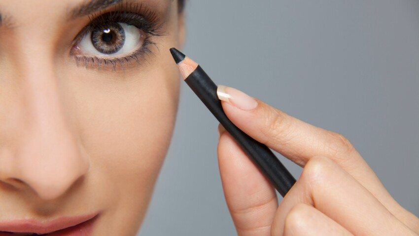Tuto beauté : fabriquer son khôl noir en 5 minutes