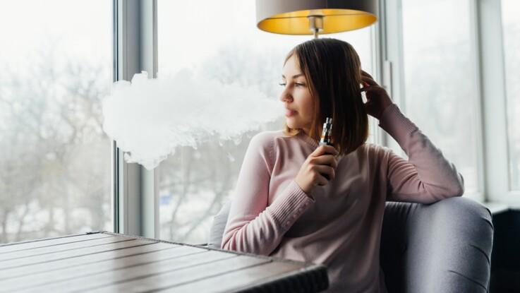La cigarette électronique responsable d'une maladie pulmonaire ? Les autorités s'inquiètent
