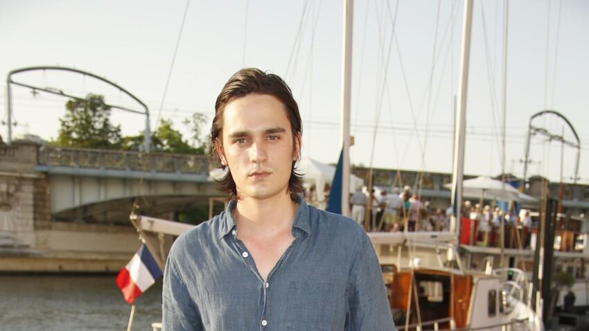 """Alain Delon hospitalisé : Alain-Fabien Delon annonce qu'il donnera de ses nouvelles """"en fin de semaine"""""""