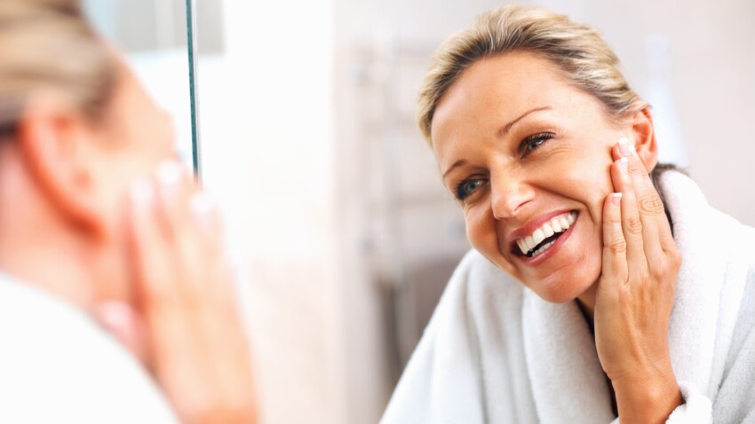 Anti-âge : cette partie du corps que l'on oublie trop souvent d'hydrater (et qui nous vieillit)