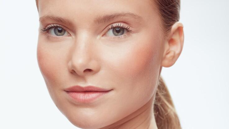 Tuto make-up : comment réussir un teint ensoleillé en automne ?